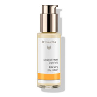 Dr.Hauschka Balancing Day Lotion: for reduced shine